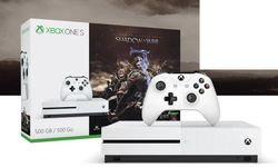 Xbox One S 500GB Middle-Earth: Shadow of War (ZQ9-00165)